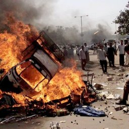 Sanjal Shastri & Chris Wilson: Religious Riots as Political Strategy in India